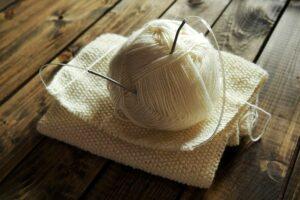 Как связать платок спицами