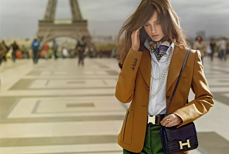 Коричневый пиджак женский