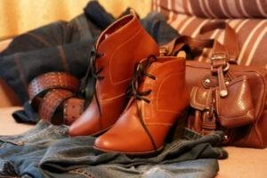 Как размягчить кожаную обувь