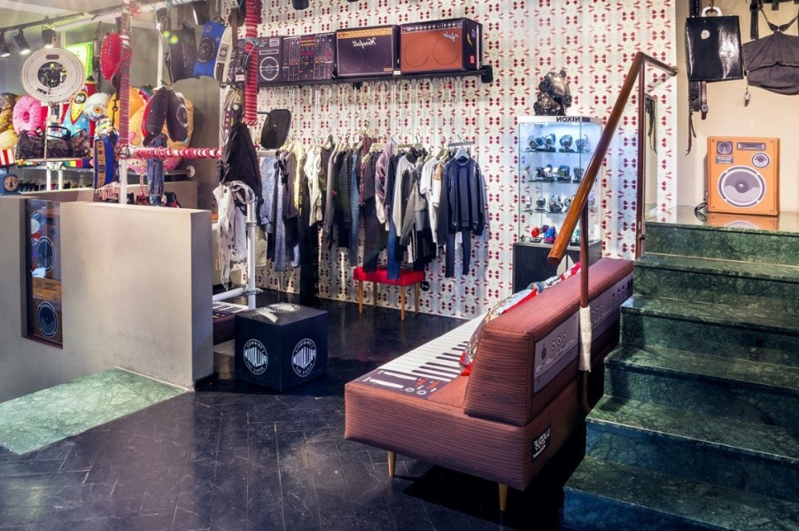 брендовая одежда, одежда модных домов, как выбрать брендовую одежду, где можно купить брендовую одежду