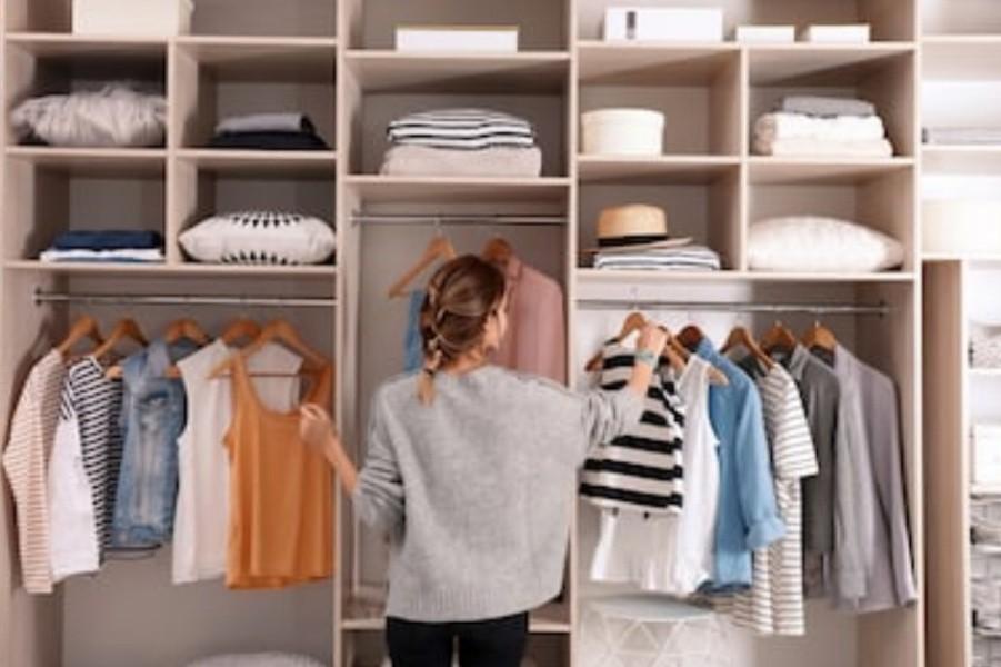 что нужно иметь в гардеробе каждой женщине, перечень вещей, вещи в гардеробе, гардероб женщины