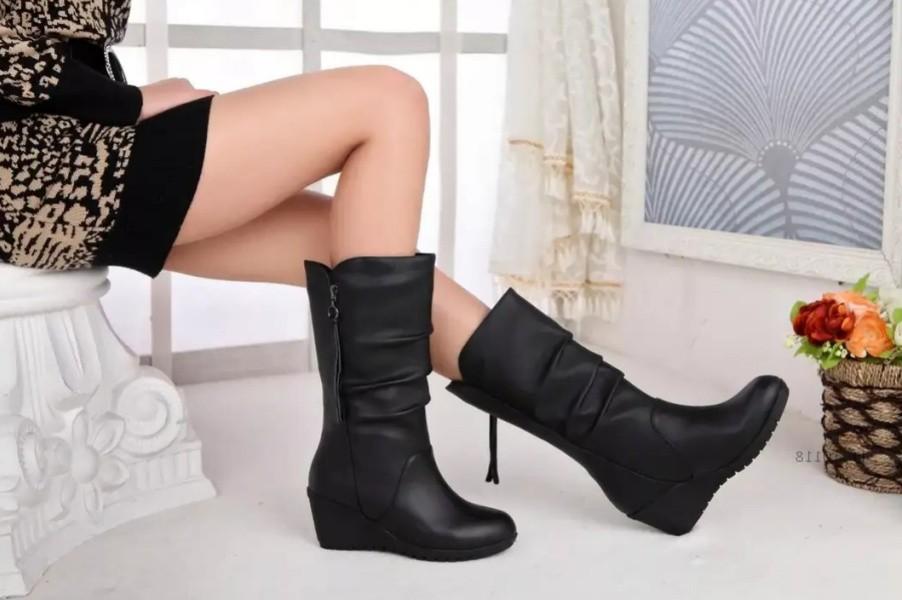 как выбрать зимние сапоги, определение размера обуви, мех и фурнитура обуви, украшения на обуви