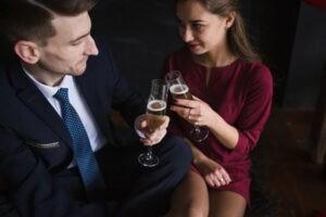 как лучше одеться на свидание, подбор одежды, какую выбрать одежду на свидание, какие украшение надеть на свидание